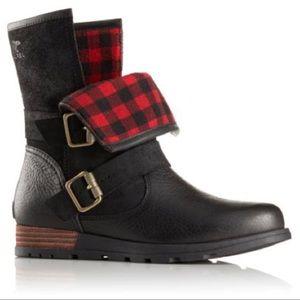 SOREL Major Moto Boots (Black/Red)